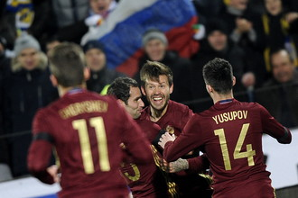 Год назад сборная России по футболу была совсем другой