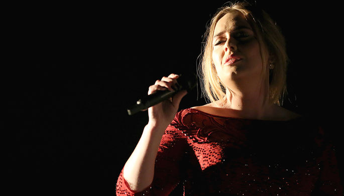 Адель спела для Брюсселя