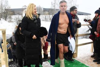 Посол США в России Джон Хантсман после купания в купели Новоиерусалимского мужского монастыря в Московской области, 21 января 2018 года