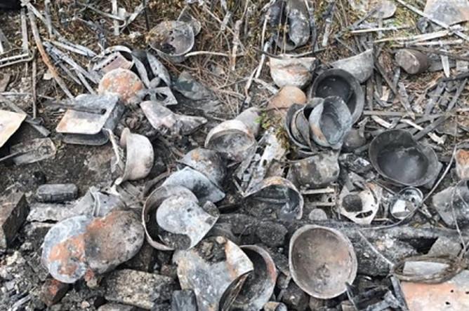 Предметы амуниции, найденные в сгоревшем доме кратовского стрелка