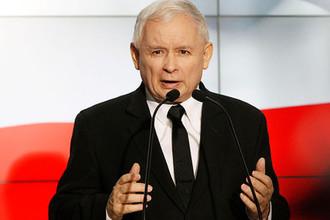 Лидер партии «Право и справедливость» Ярослав Качиньский во время выступления перед однопартийцами в Варшаве, 2017 год