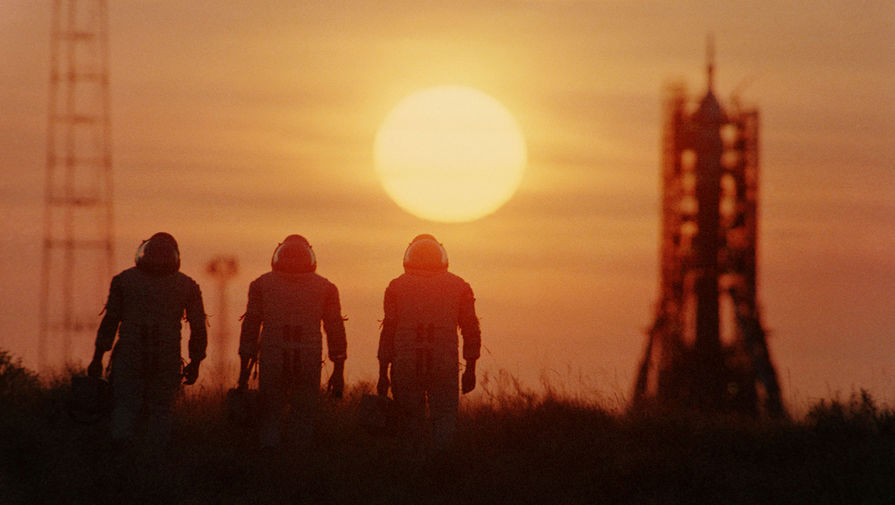 Космонавты на космодроме Байконур, 1985 год