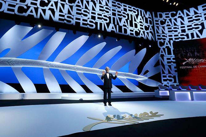 Председатель жюри Каннского кинофестиваля Стивен Спилберг на церемонии открытия