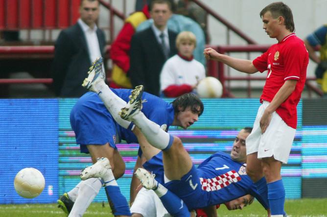Измайлов в матче отборочного цикла Евро-2008 против Хорватии