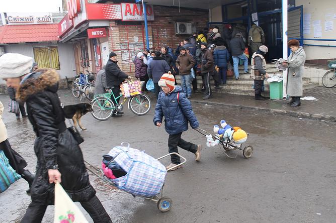 В Дебальцево остались и дети, которые уже полгода не ходят в школу