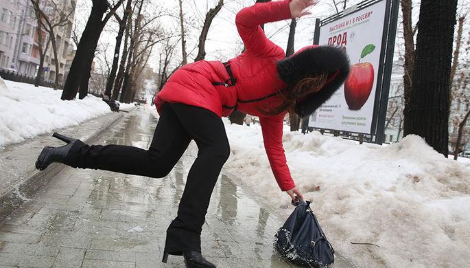 Девушка на одной из улиц в центре Москвы