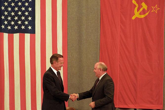 Джордж Буш и Михаил Горбачев, 1991 год