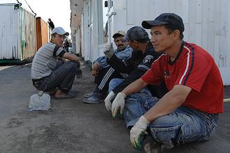 В Россию в основном едут работники с низкой квалификацией