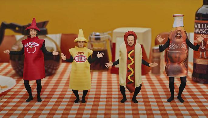 Кадр из клипа Tacos группы Little Big