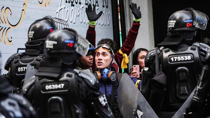 Общенациональный протест начинается в Колумбии