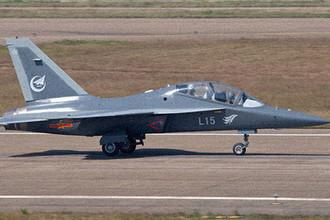 Учебный самолет ВВС Китая Hongdu L-15 (JL-10)