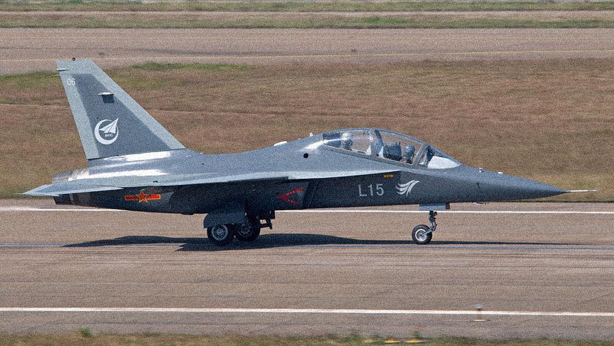 Китай направил РєРўР°Р№РІР°РЅСЋ 19 истребителей Рё бомбардировщиков