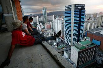 Ни работы, ни еды: как выживают в Венесуэле