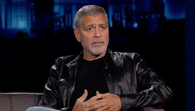 «Навредил себе»: Джордж Клуни резко похудел и попал в больницу