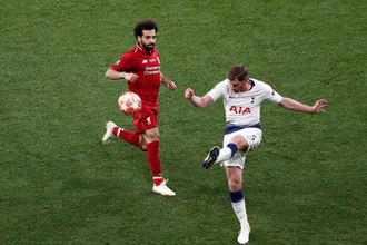 Эпизод матча между «Ливерпулем» и «Тоттенхэмом»