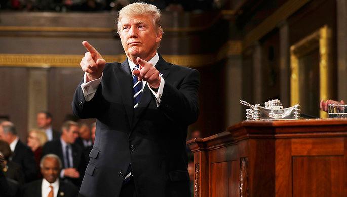 Дональд Трамп во время обращения к конгрессу