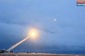 Презентация крылатой ракеты с ядерной энергоустановкой во время послания президента России Владимира Путина к Федеральному собранию в Москве, 1 марта 2018 года