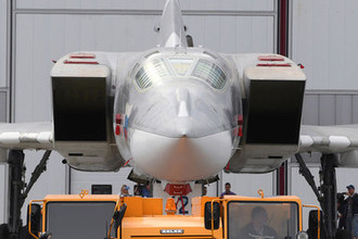 Выкатка для наземных и летных испытаний модернизированного бомбардировщика Ту-22М3М в Казани, 16 августа 2018 года
