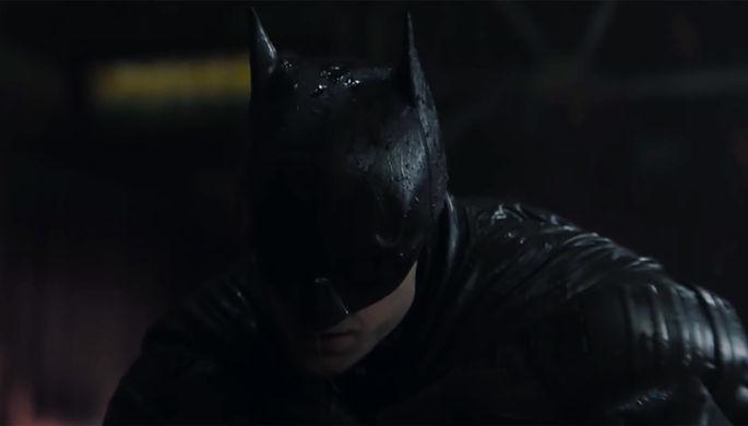 «Бэтмен» с Паттинсоном и Деревянко в роли коня: трейлеры недели