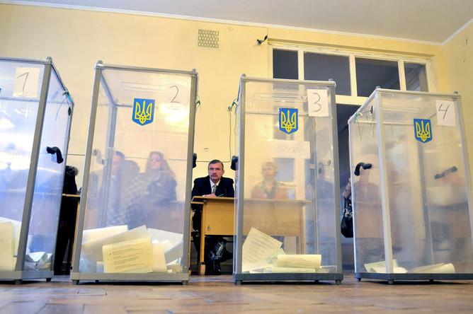 Госдеп и ОБСЕ не сошлись в оценке украинских выборов с президентом Януковичем и наблюдателями из России