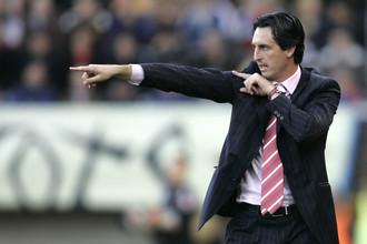 Когда-то Унаи Эмери успешно рулил «Валенсией». Теперь, проиграв бывшему клубу во главе «Севильи», известный специалист находится на грани отставки.