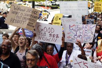 Акция «Захвати Уолл стрит» марширует на Парк Авеню