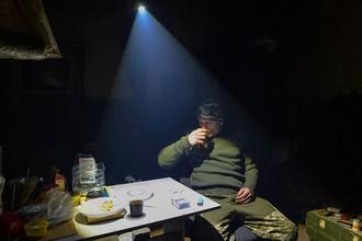 Танковая атака: украинские силовики бьют по Донбассу