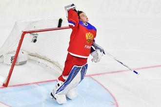 Вратарь сборной России и клуба НХЛ «Тампа-Бэй Лайтнинг» Андрей Василевский на матче чемпионата мира по хоккею — 2017
