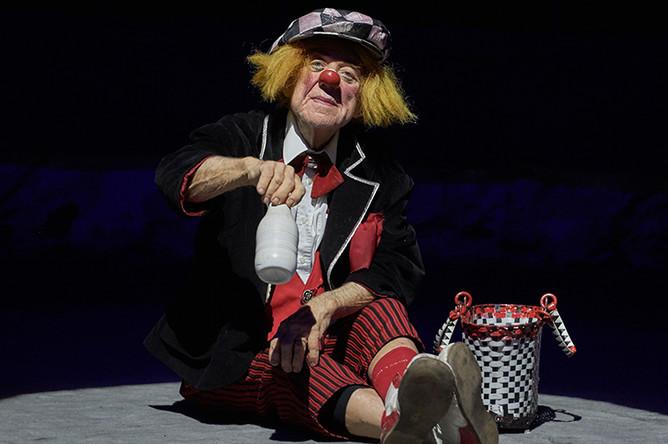 Клоун Олег Попов на премьере цирковой программы «Пусть всегда будет солнце» на арене цирка Чинизелли в Санкт-Петербурге, 2016 год