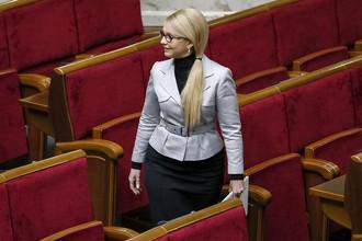 Лидер партии «Батькивщина» Юлия Тимошенко перед началом сессии Верховной рады Украины, апрель 2016 года