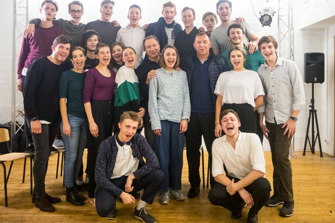 В феврале 2018 года фонд Олега Дерипаски «Вольное Дело» организовал экспедицию студентов Школы-студии МХАТ в Красноярский край, где родился известный российский писатель Виктор Астафьев.