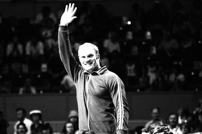 XXI летние Олимпийские игры в Монреале. Иван Ярыгин на пьедестале почета, 1976 год