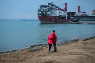 На берегу Керченского пролива