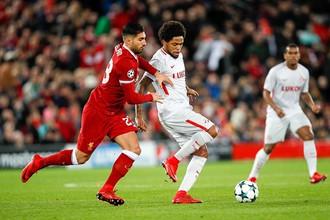 Луис Адриано против «Ливерпуля»