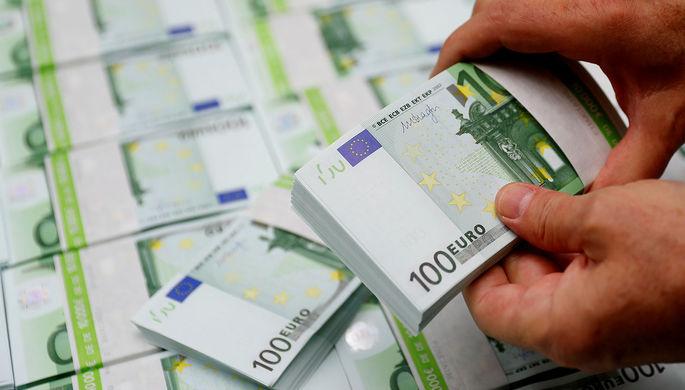 Конкурент США: почему евро проигрывает доллару