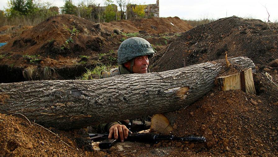 В Петровском в Донбассе началось разведение сил