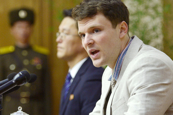 Американский студент Отто Вармбиер на пресс-конференции в Пхеньяне. Фотография опубликована в феврале 2016 года