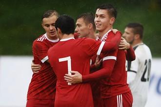 Молодежная сборная России по футболу
