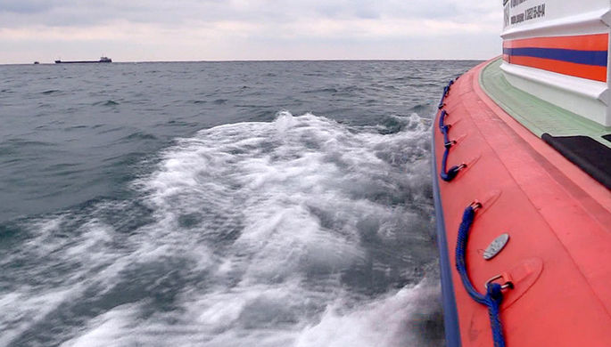 Россия начала учения в Черном море возле кораблей НАТО