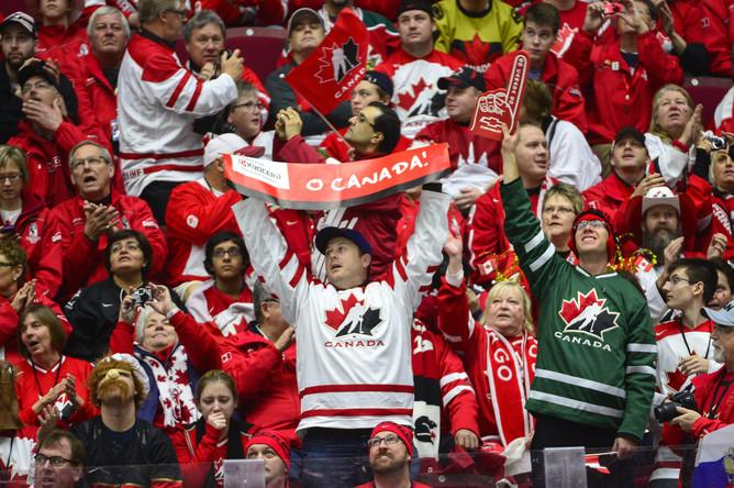 Канадские болельщики.