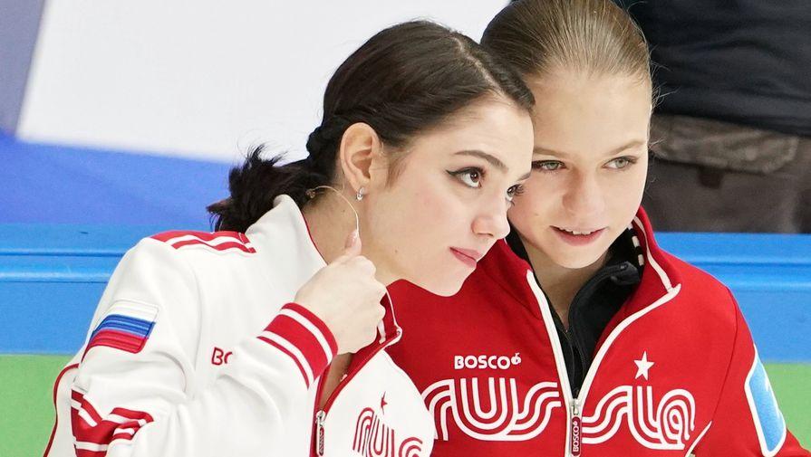Фигуристки Евгения Медведева и Александра Трусова