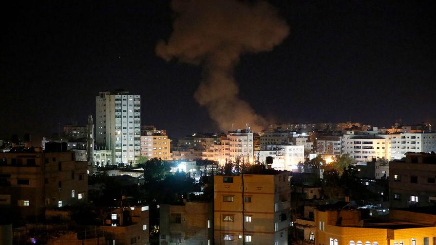 Израиль атаковал 70 целей в секторе Газа в ответ на обстрелы