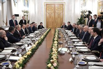 Владимир Путин провёл встречу с представителями российских информационных агентств и печатных средств массовой информации, 20 февраля 2019 года