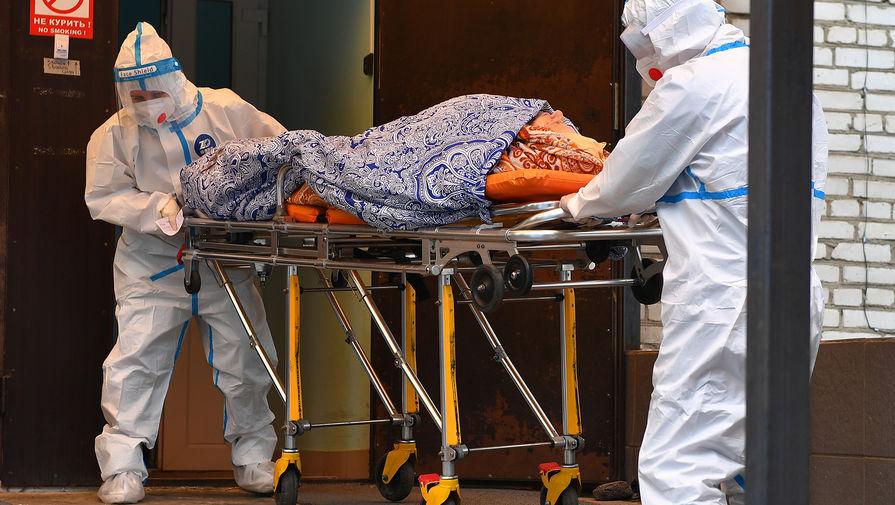 В оперштабе Москвы рассказали, сколько пациентов старше 60 лет умирает от COVID-19