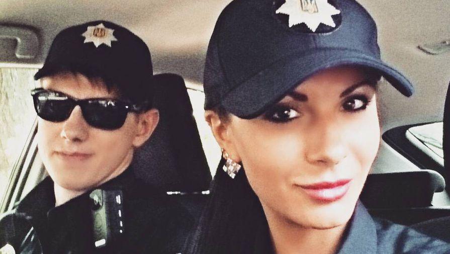 Секс девочки полицейски