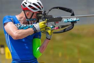 Сергей Волков завоевал серебро в спринте на чемпионате мира по летнему биатлону