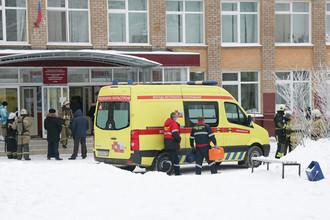 Нападение на школу в Перми: число пострадавших растет