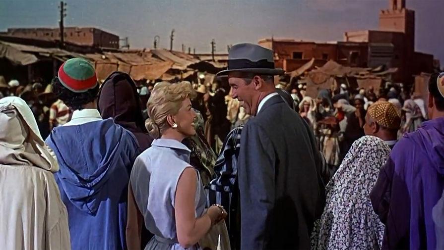 Кадр из фильма «Ð§ÐµÐ»Ð¾Ð²ÐµÐº, который слишком много знал» (1955)