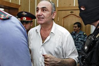 Тариэл Ониани (Таро) после оглашения приговора в Хамовническом суде Москвы, июль 2010 года