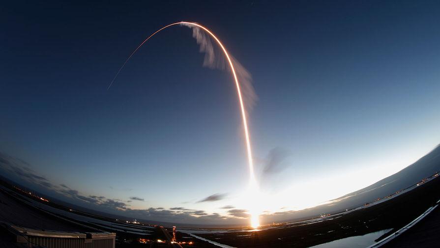 Новейший корабль Starliner на ракете-носителе Atlas V стартует на Международную космическую станцию, 20 декабря 2019 года. Корабль Starliner создан компанией Boeing по контракту с NASA стоимостью 4,2 млрд долларов. Он предназначен для отправки астронавтов на МКС и в будущие миссии к Луне и Марсу